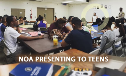 Noa Schecter Presenting To Teens
